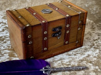 Dungeons and Dragons Fantasy Chest - Box Dice Box, Vault, Viking, Dungeons and Dragons, Pathfinder, Warhammer, RPG
